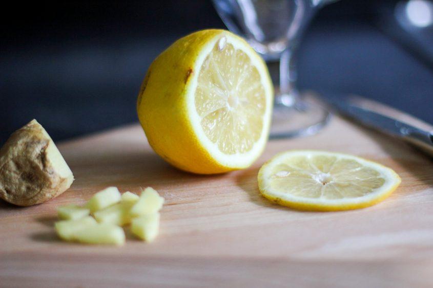 Lifestyle: Gesund durch den Frühling mit frischem Zitronen-Ingwer Tee